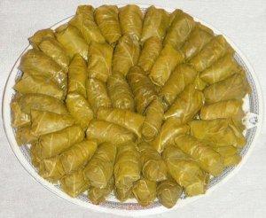 Долма из виноградных листьев по-азербайджански