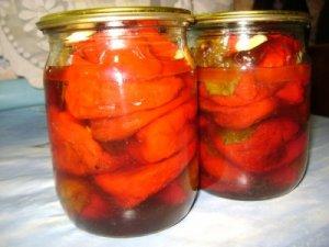 Консервированный болгарский перец с яблоками