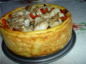 Рыбка с овощами в картофельной тарелке