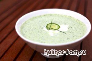 Летний суп из зелени и огурцов